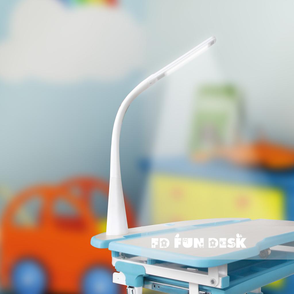 светодиодный детский светильник встраиваемый в парту Fundesk
